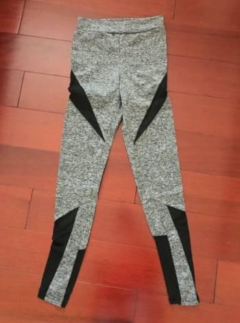 Foto Carousel Producto: Leggings con paneles de malla (Nueva)  GoTrendier