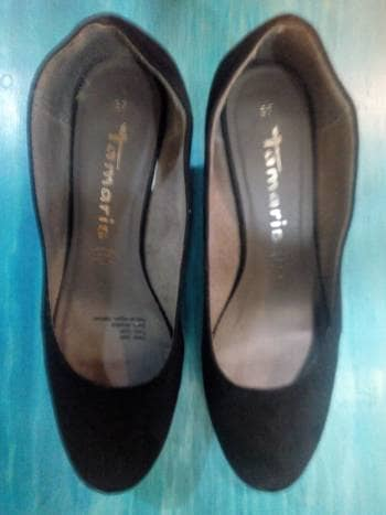 Foto Carousel Producto: Zapatillas negras GoTrendier