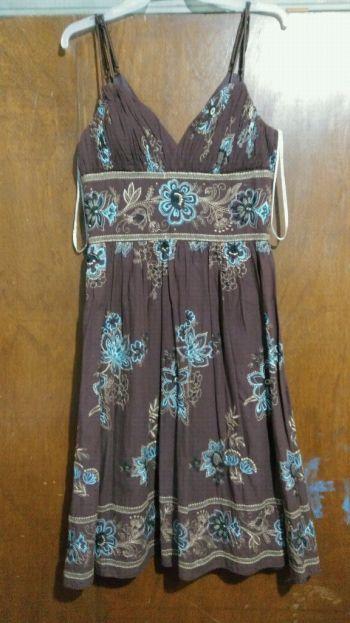 Foto Carousel Producto: Vestido bordado GoTrendier