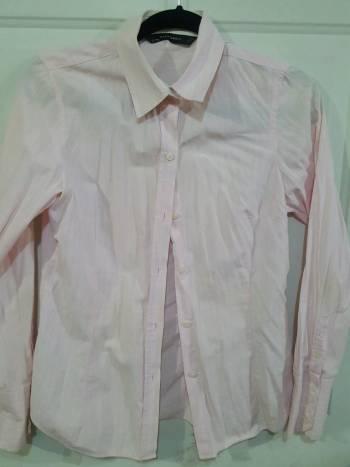 Foto Carousel Producto: Blusa rosa con rayas blancas GoTrendier