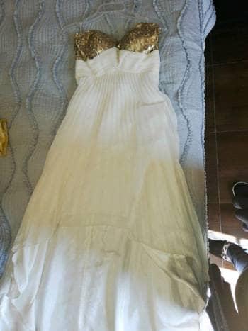 Foto Carousel Producto: Vestido blanco con dorado de fiesta GoTrendier