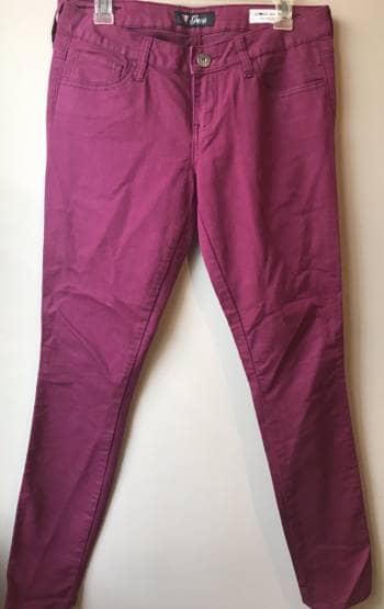 Foto Carousel Producto: Jeans color vino GoTrendier