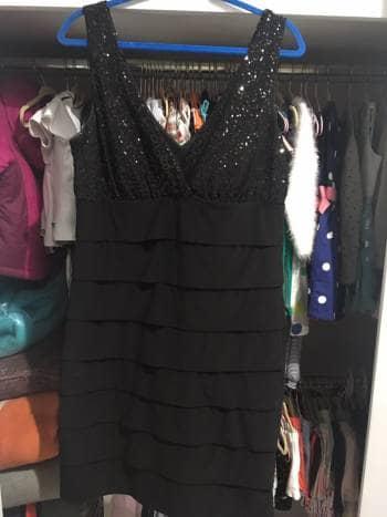 Foto Carousel Producto: Vestido de noche negro GoTrendier