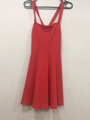 Foto Carousel Producto: Vestido color coral GoTrendier