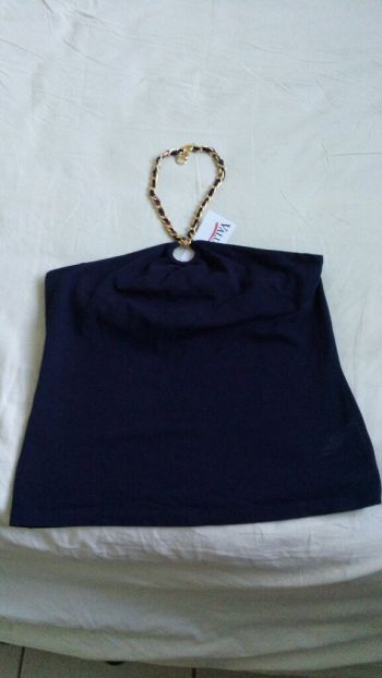Foto Carousel Producto: Blusa straple con cadenita en cuello GoTrendier