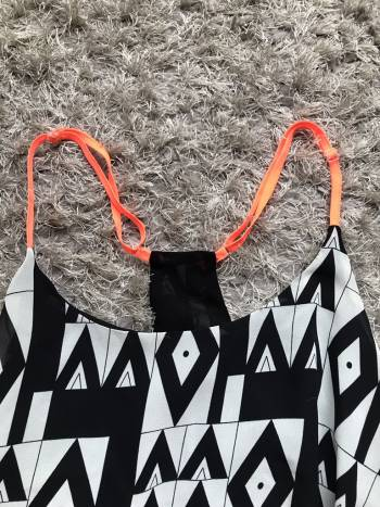 Foto Carousel Producto: Blusa de tirantes neon GoTrendier