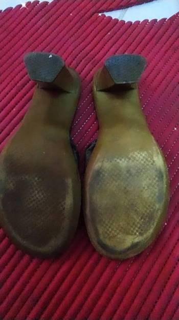 Foto Carousel Producto: Zapatillas negras corte vacuno GoTrendier