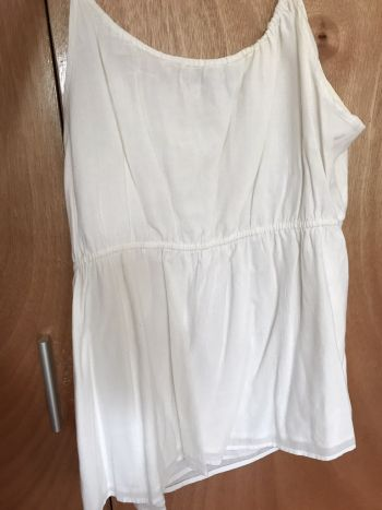 Foto Carousel Producto: Blusa blanca oldnavy 2x1 GoTrendier
