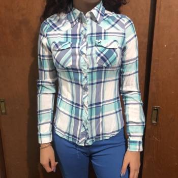 Foto Carousel Producto: Hermosa camisa ligera a cuadros GoTrendier