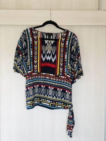 Foto Carousel Producto: Blusa talla M-L GoTrendier