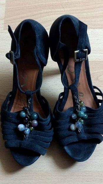 Foto Carousel Producto: Zapatos Dione GoTrendier