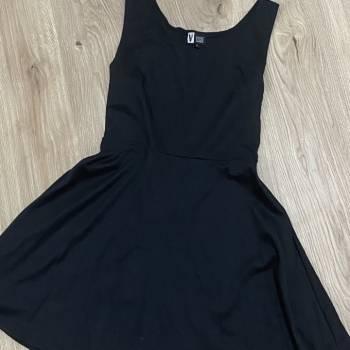 Foto Carousel Producto: Vestido negro corto GoTrendier
