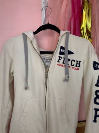 Foto Carousel Producto: Sudadera Abercrombie & Fitch GoTrendier