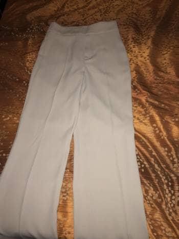Foto Carousel Producto: Pantalon de vestir color hueso GoTrendier