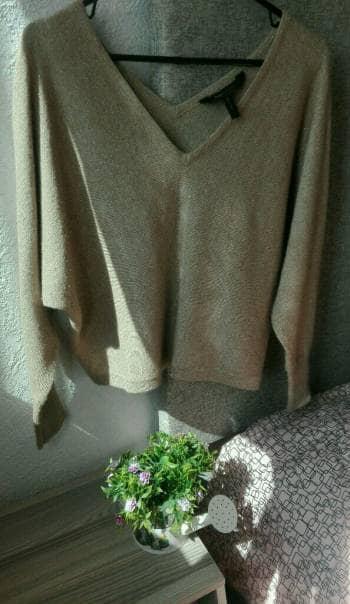 Foto Carousel Producto: Suéter beige GoTrendier