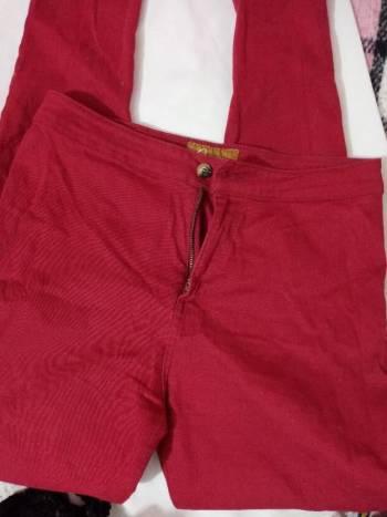 Foto Carousel Producto: Pantalon rojo GoTrendier