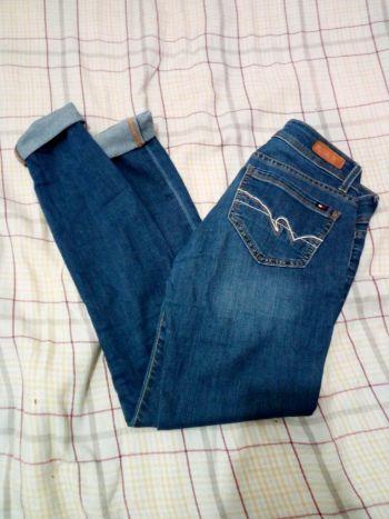 Foto Carousel Producto: Jeans azul marino pegados GoTrendier