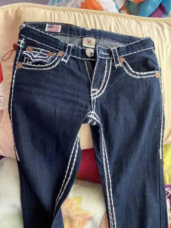 Foto Carousel Producto: Pantalon de mezclilla True Religion GoTrendier