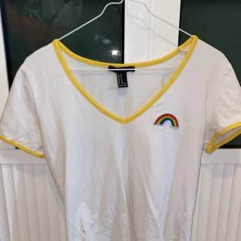 Foto Carousel Producto: Playera arcoiris  GoTrendier