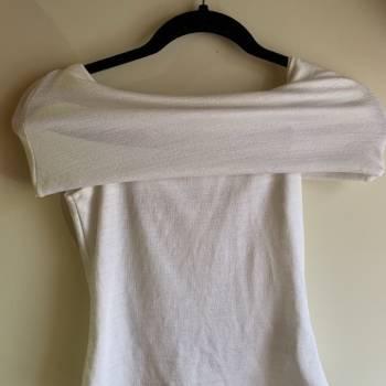 Foto Carousel Producto: Blusa blanca Zara GoTrendier