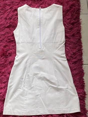 Foto Carousel Producto: Vestido blanco Zara  GoTrendier