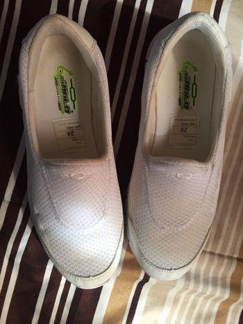 Foto Carousel Producto: Tenis blancos cómodos GoTrendier