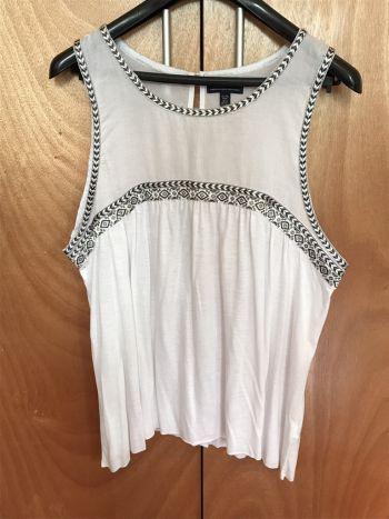 Foto Carousel Producto: Blusa blanca hermosa American Eagle GoTrendier