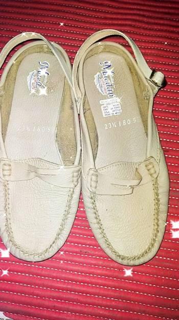 Foto Carousel Producto: Zapatos bajo cómodos beige flats GoTrendier