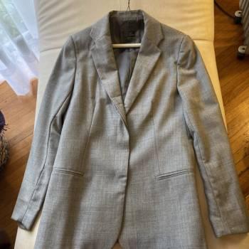 Foto Carousel Producto: Blazer de lana talla 28 GoTrendier
