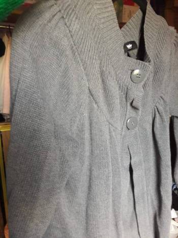 Foto Carousel Producto: Sueter gris 2x1 GoTrendier