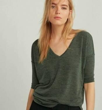 Foto Carousel Producto: Blusa Oversize. EXPRESS  GoTrendier