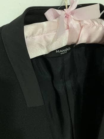 Foto Carousel Producto: Saco negro corto GoTrendier
