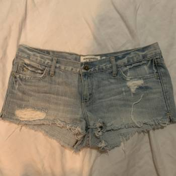 Foto Carousel Producto: Mini shorts abercrombie & fitch GoTrendier