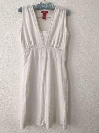 Foto Carousel Producto: Vestido blanco muy fresco GoTrendier