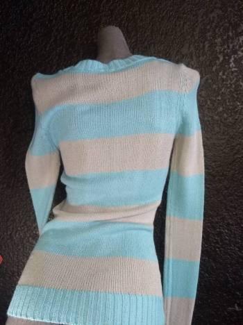 Foto Carousel Producto: Suéter azul/gris Rue21 GoTrendier
