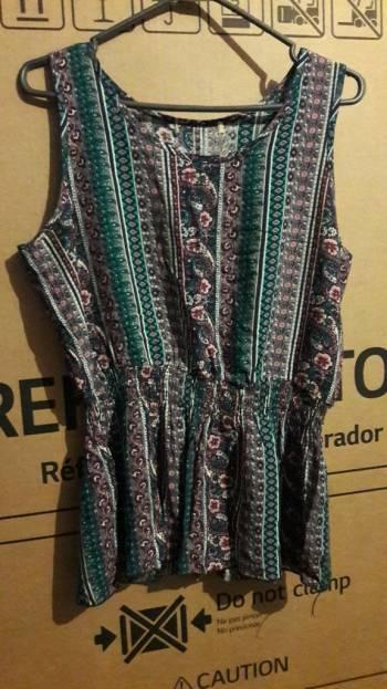Foto Carousel Producto: Blusa estampada colo uva PROMOCION 2X1 GoTrendier