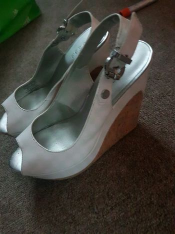 Foto Carousel Producto: Zapatillas blancas GoTrendier