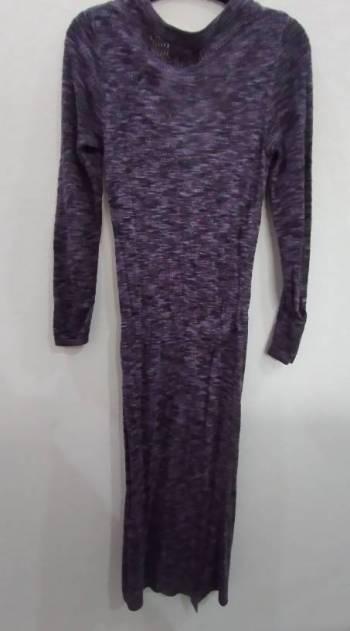 Foto Carousel Producto: Sweater Morado largo GoTrendier