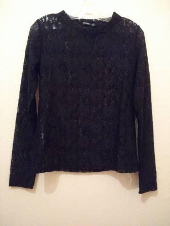 Foto Carousel Producto: Blusa encaje manga larga y cuello nueva! GoTrendier