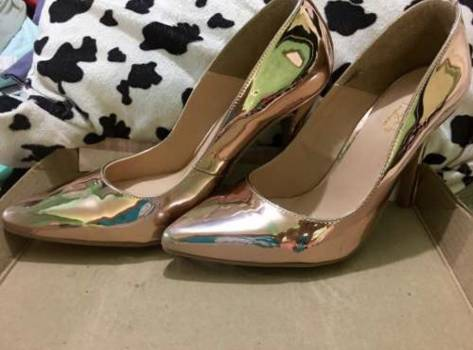 Foto Carousel Producto: Zapatillas espejo oro rosado GoTrendier