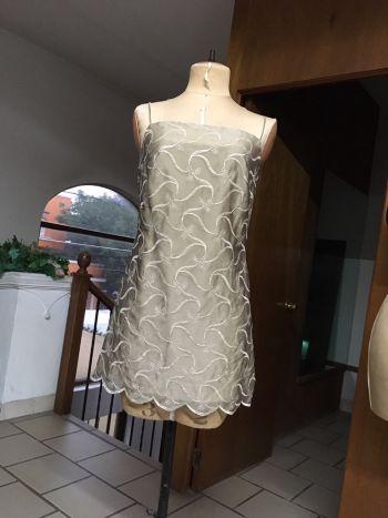 Foto Carousel Producto: Vestido corto de chifon bordado GoTrendier