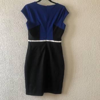Foto Carousel Producto: Vestido lápiz azul con negro GoTrendier