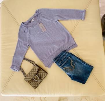 Foto Carousel Producto: Sweater lavanda Jennifer Lopez NUEVO GoTrendier