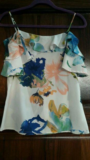 Foto Carousel Producto: Floral Love Top GoTrendier