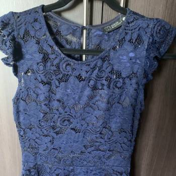Foto Carousel Producto: Vestido corto de encaje Sarah Bustani GoTrendier