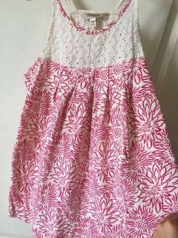 Foto Carousel Producto: Hermosa blusita de flores GoTrendier