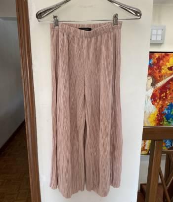 Foto Carousel Producto: Pantalones plisados super  frescos  GoTrendier