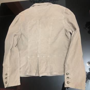 Foto Carousel Producto: Jacket de pana nude. GoTrendier