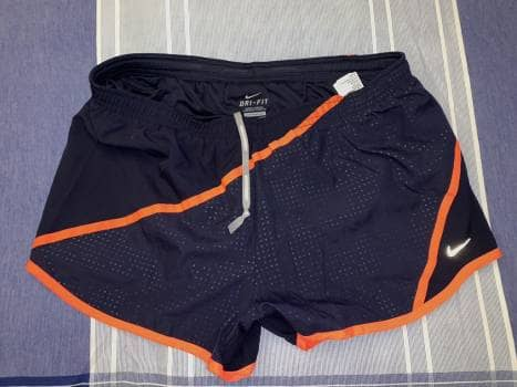 Foto Carousel Producto: Short deportivo Nike GoTrendier