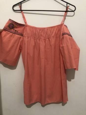 Foto Carousel Producto: Nueva! Blusita talla S  GoTrendier